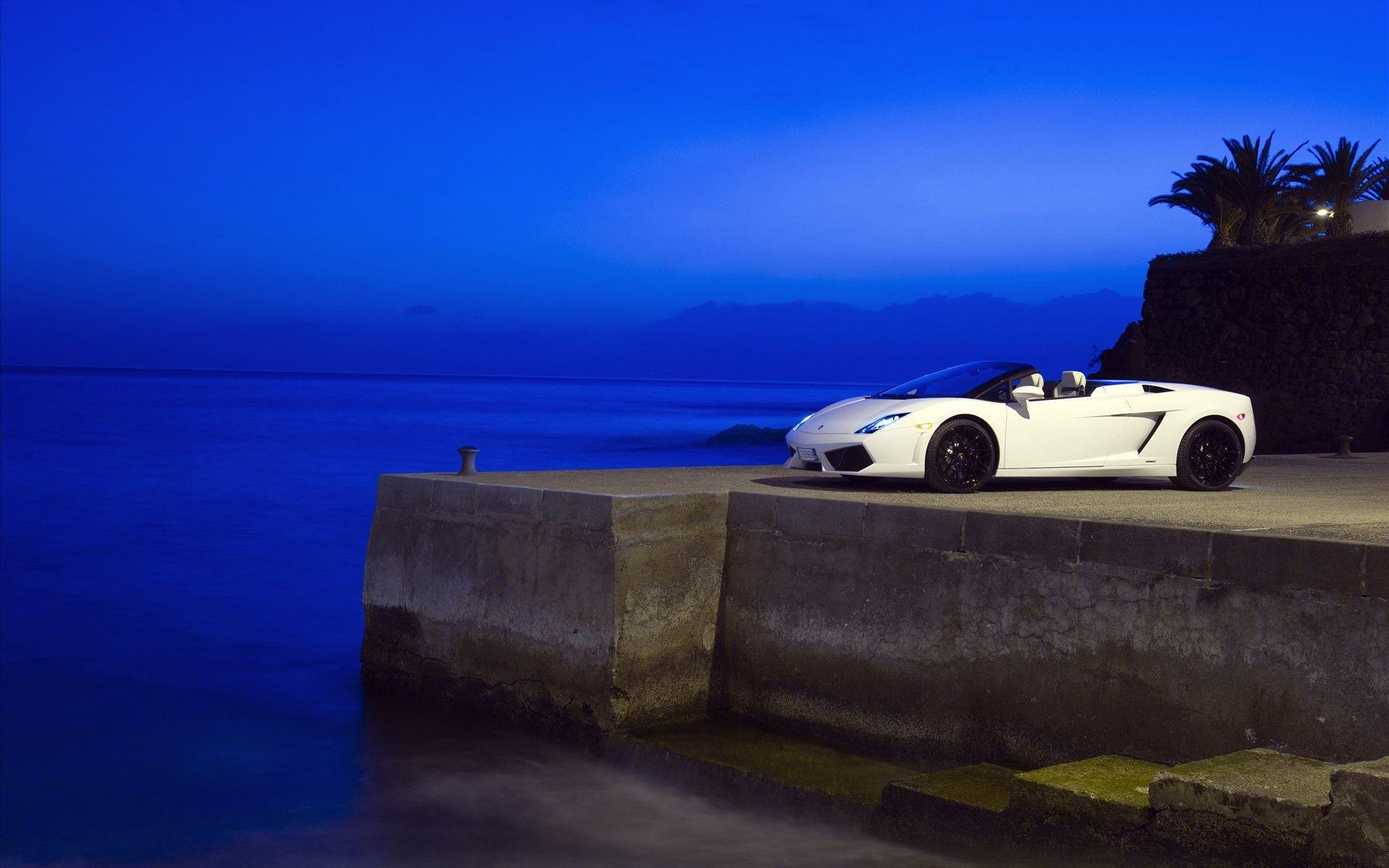 最豪华的车_在海洋中驰骋 水下跑车酷照